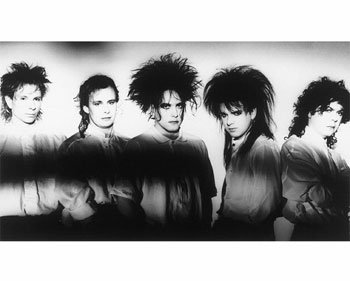 52 The Cure - Friday I'm In Love